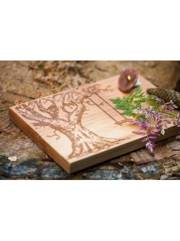 """Разделочная деревянная доска """"Дерево с качелями"""" в подарок на свадьбу"""